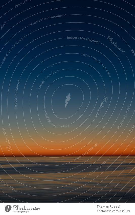 Die Sonne verschwindet hoffentlich nicht so schnell Himmel Ferien & Urlaub & Reisen blau schön Wasser Sonne Meer Landschaft Umwelt Stimmung orange Wellen Kraft Zufriedenheit Schönes Wetter Urelemente