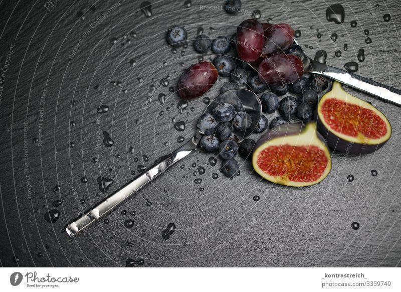 Healthy fruits Lebensmittel Frucht Dessert Ernährung Frühstück Vegetarische Ernährung Diät Geschirr Löffel beobachten Essen frisch Gesundheit lecker sauer süß