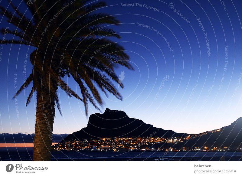 wenn es nacht wird im paradies Sonne Optimismus Hoffnung traumhaft wunderschön Hout Bay Dämmerung Sonnenuntergang Kontrast Licht Außenaufnahme Farbfoto Kapstadt