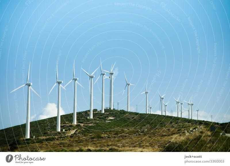Windkraftanlage auf einem Hügel, Euböa Erneuerbare Energie Himmel Griechenland Reihe authentisch modern viele Wärme Kraft Fortschritt innovativ nachhaltig