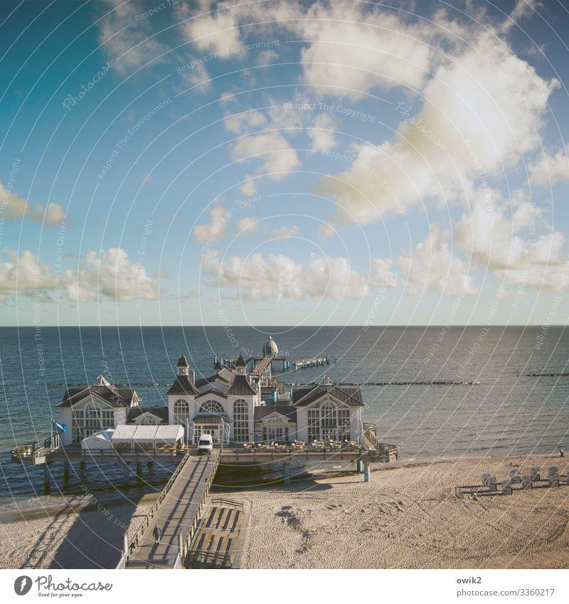 Ostseebad Kultur Landschaft Sand Wasser Himmel Wolken Horizont Schönes Wetter Küste Strand Sellin Seebrücke Rügen Bauwerk Gebäude Sehenswürdigkeit Wahrzeichen
