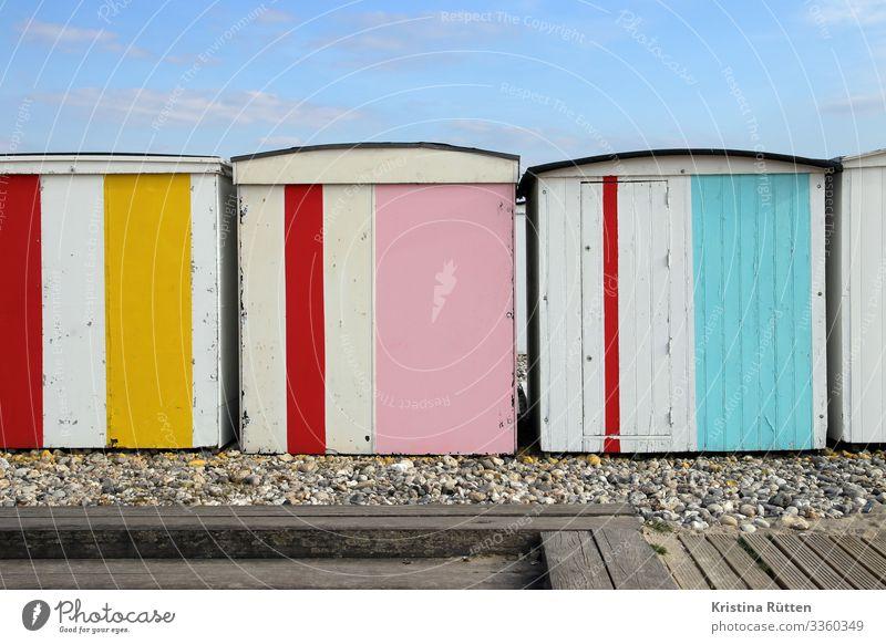 bunte buden Ferien & Urlaub & Reisen Strand Küste Hütte mehrfarbig strandhütten badehütte strandkabinen umkleidekabinen umkleidehütten Badehäuschen Le Havre