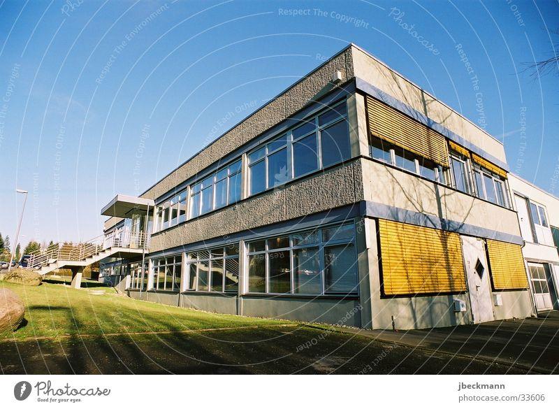 tierschundco Architektur Gebäude Siebziger Jahre