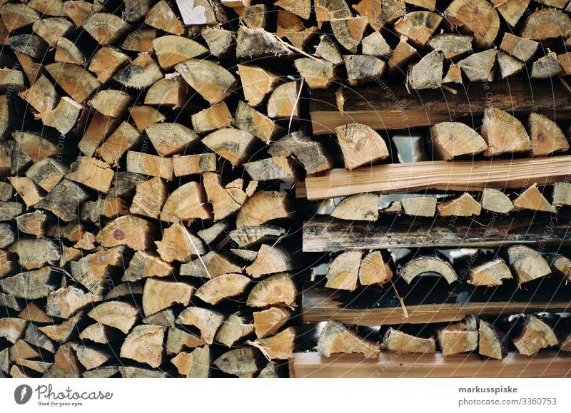 Holzstapel Brennholz nachhaltig Emission emissionsrecht emissionsneutral Feuer Wärme Analogfotografie analog Brennmaterial analoge Fotografie 35mm