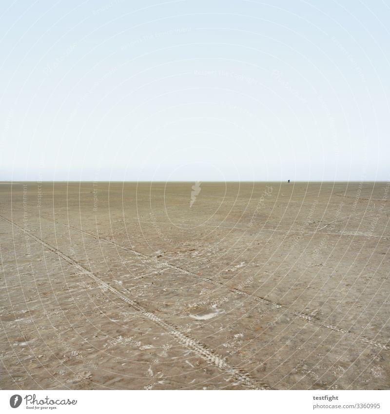 in der ferne liegt die würze strand nordsee watt wattenmeer natur weite minimalistisch ebbe sand schlick feucht grau menschen personen wetter klima klimawandel