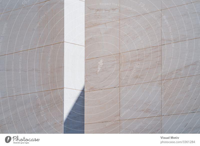 Licht und Schatten zwischen weißen Wänden Design Gebäude Architektur Stein Beton Farbe abstrakte Formen architektonisch Hintergrund Klotz Konstruktion