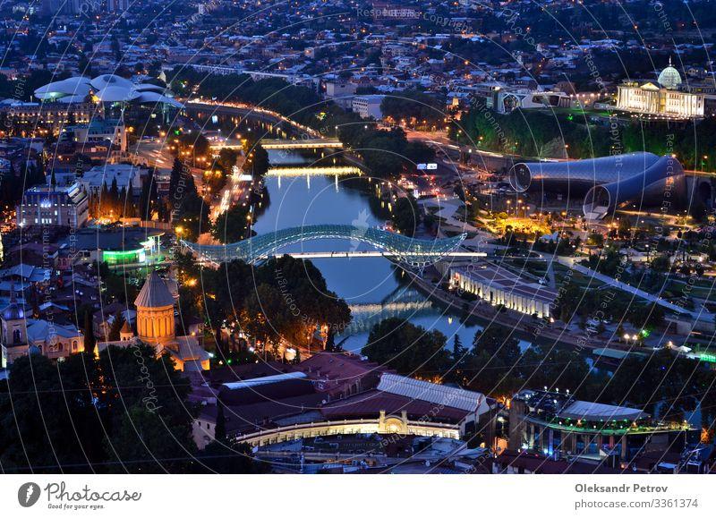 Nachtansicht von Tiflis von der Spitze des Hügels schön Ferien & Urlaub & Reisen Tourismus Landschaft Himmel Fluss Stadt Brücke Gebäude Architektur Straße alt