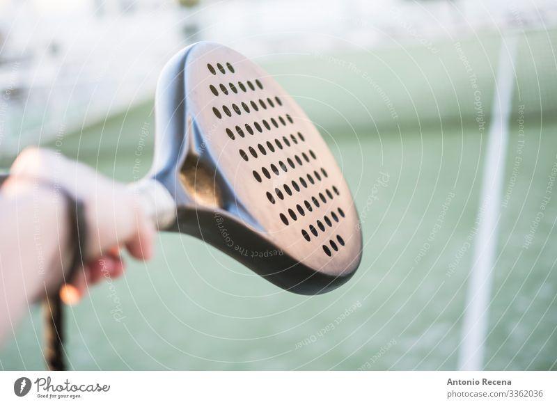 Paddel-Tennisspieler Hand Detail Erholung Freizeit & Hobby Spielen Sport Mann Erwachsene Zufriedenheit Paddeltennis Padel Spieler Ball Remmidemmi