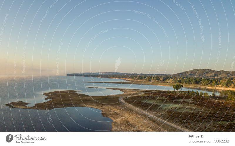 Stausee von Montargil Alentejo Portugal Natur Luftbild Luftbildfotografie Luftaufnahme Hintergrund Windstille Wohnmobil Klima Farben Damm Tag Dröhnen trocknen