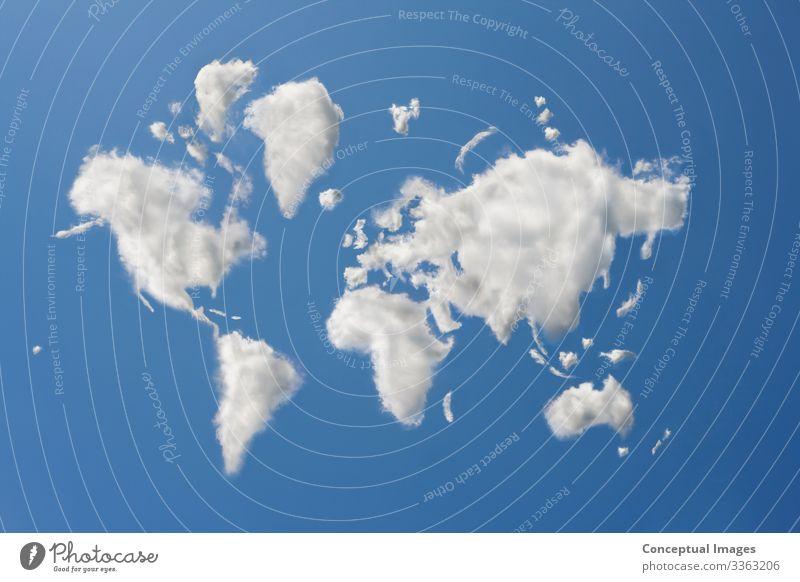 Die Welt in den Wolken Wetter Idee träumen Digitaler Verbund Weltkarte Aspiration abstrakt blau Vorstellungskraft Kontemplation Konzept Ideen Landkarte weltweit