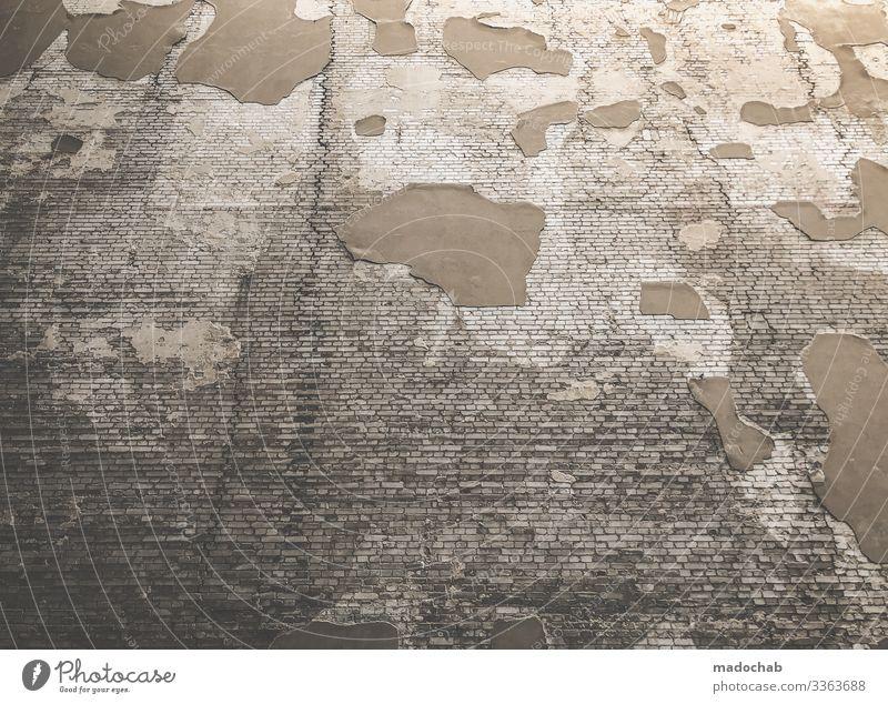 Dem Verfall gewidmete Fassade, die alt und kaputt ist Bauwerk Gebäude Architektur Mauer Wand hässlich trashig trist unten Hoffnung sparsam Stadt Vergangenheit