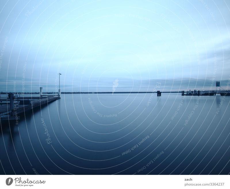 Vor dem Sturm Natur Wasser Himmel Seeufer Großer Müggelsee Berlin Friedrichshagen Köpenick maritim blau grau Horizont Ferne Farbfoto Gedeckte Farben