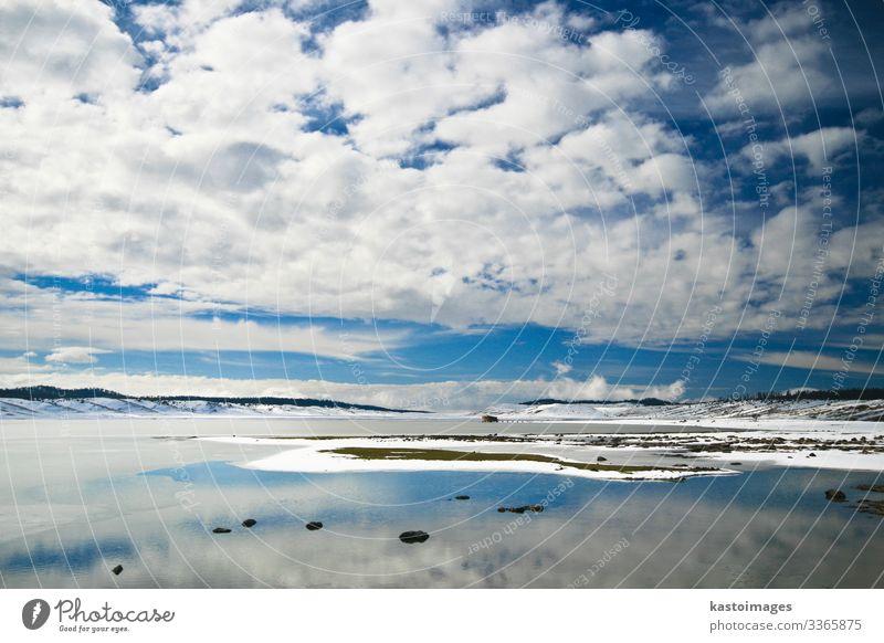 Winterlandschaft im Atlasgebirge, Marokko. schön Schnee Umwelt Natur Landschaft Himmel Wolken Klima Wetter Baum Gras Wald Felsen See Fluss Stein Holz träumen