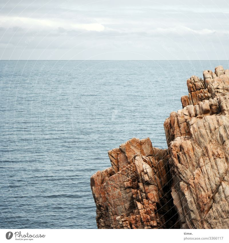 Naturkräfte Ferien & Urlaub & Reisen Umwelt Wasser Himmel Wolken Horizont Herbst Schönes Wetter Felsen Wellen Küste Meer Atlantik Bretagne maritim Kraft Macht