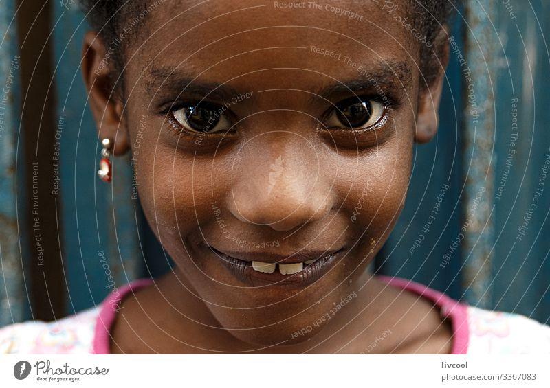 schönes Mädchen II , havanna Lifestyle Stil Leben Spielen Ferien & Urlaub & Reisen Ausflug Insel Kind Mensch feminin Kindheit Haut Kopf Haare & Frisuren Gesicht