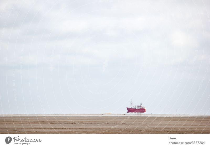 Traumschiff Himmel Natur Wolken Ferne Strand Leben Umwelt Bewegung Schwimmen & Baden Sand Horizont Neugier entdecken fahren Schifffahrt Überraschung