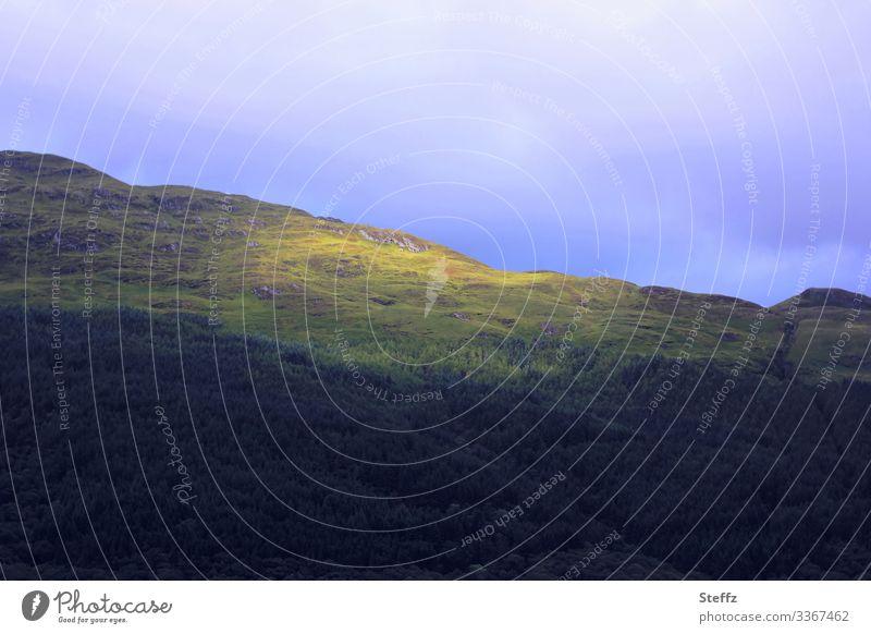 ein Sonnenfleck Schottland schottische Landschaft Lichtstimmung Nordeuropa nordisch geheimnisvoll Europa Hügel Lichteinfall Tageslicht Lichtschein
