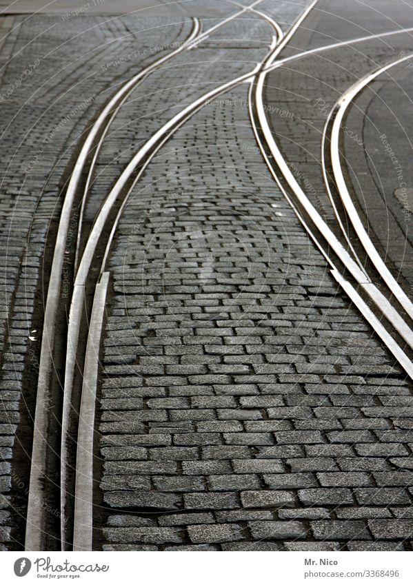 Nächster Halt Eigelstein Stadt Verkehr Berufsverkehr Bahnfahren Schienenverkehr Eisenbahn S-Bahn Straßenbahn Gleise Weiche Schienennetz Wege & Pfade