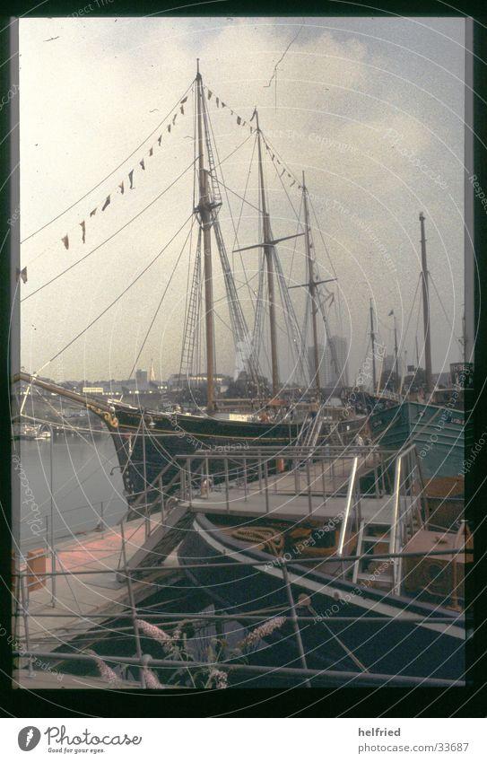 london port Europa Technik & Technologie Hafen Museum England Segelschiff Portwein Großbritannien Elektrisches Gerät Schoner
