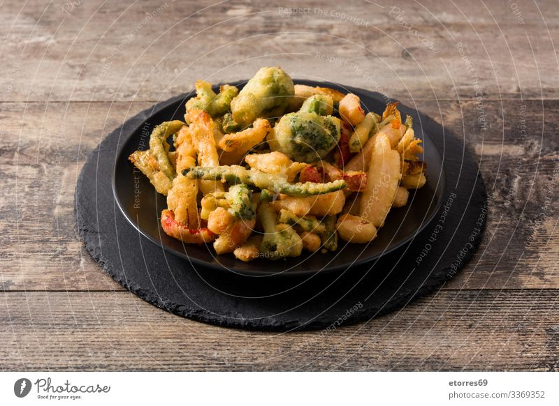 Japanisches Gemüse-Tempura asiatisch Brokkoli Möhre Knusprig lecker Diät Abendessen Speise Lebensmittel Gesunde Ernährung Foodfotografie braten grün Mittagessen