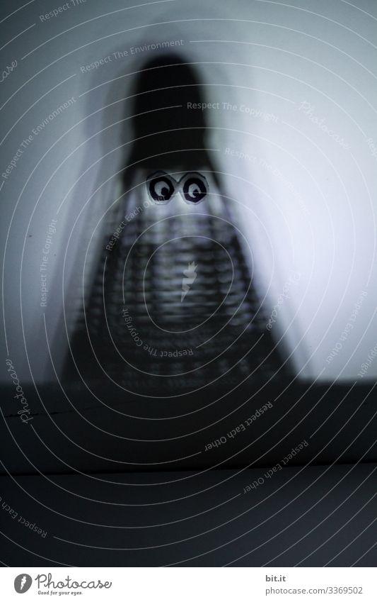 Wo ist nur mein drittes Auge? Fragt sich der Darlek des Nachts... Geister u. Gespenster Gnom Wesen Kobold Außerirdischer dunkel gefährlich Angst gruselig