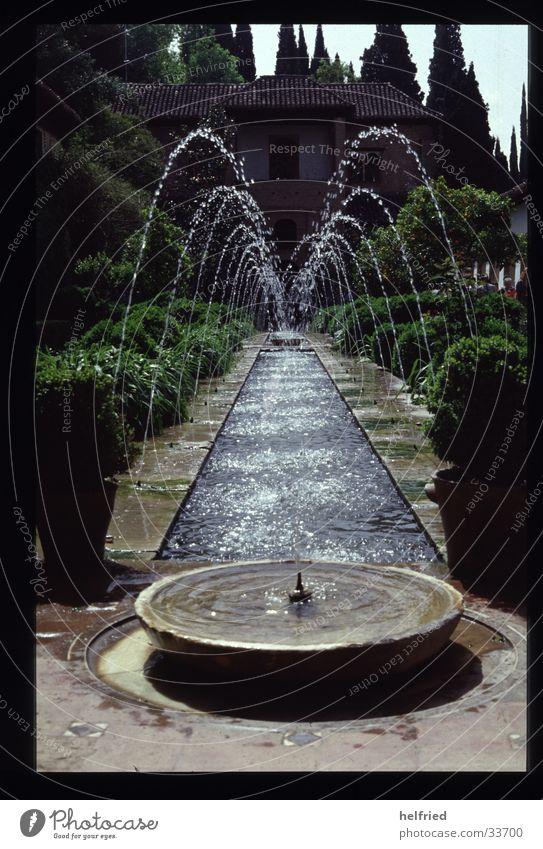 wasserspiele Europa Spanien Granada Park Architektur Wasser