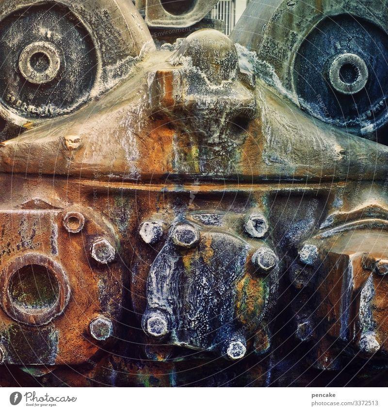 ironman Gesicht Kunst Design Metall ästhetisch Abenteuer einzigartig Brunnen Skulptur Maschine Eisen Niete Friedrichshafen