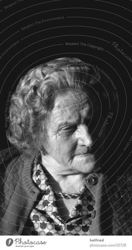 grossmutter Frau Porträt Mensch alt