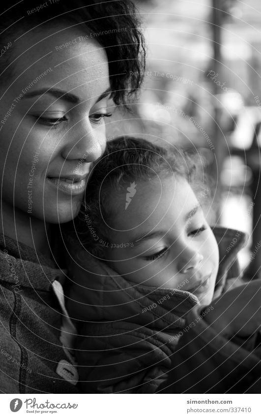 Familie Jugendliche Mädchen Junge Frau Erwachsene Liebe Leben Spielen Glück Gesundheit Familie & Verwandtschaft Zusammensein Kindheit Zufriedenheit lernen Warmherzigkeit Sicherheit