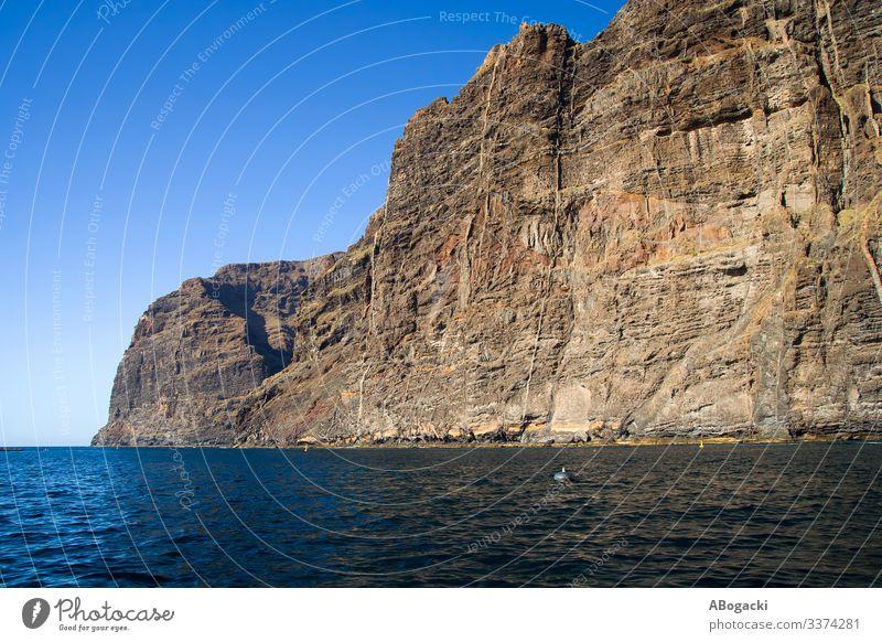 Klippe Los Gigantes auf Teneriffa, Kanarische Inseln Ferien & Urlaub & Reisen Tourismus Meer Natur Landschaft Wasser Felsen Küste Kanaren blau Abenteuer
