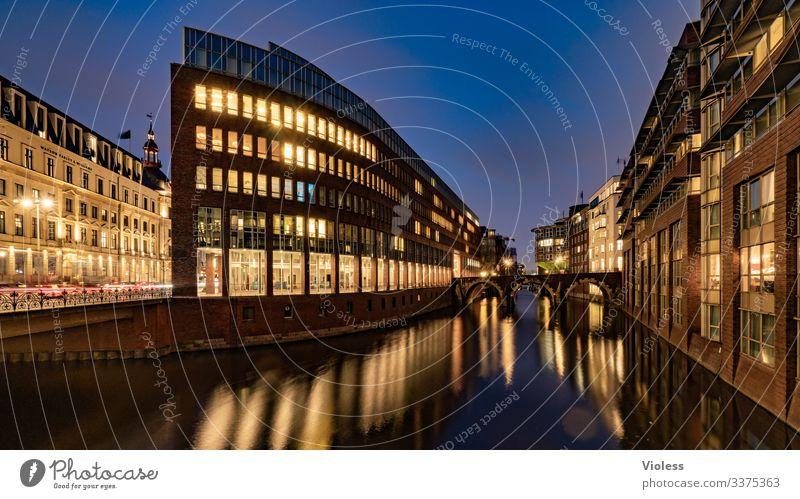Hamburg, Stadthausbrücke, Nacht, Lichter, Langzeitbelichtung Brücke Büro Fleet Dunkel Spiegelung Architektur