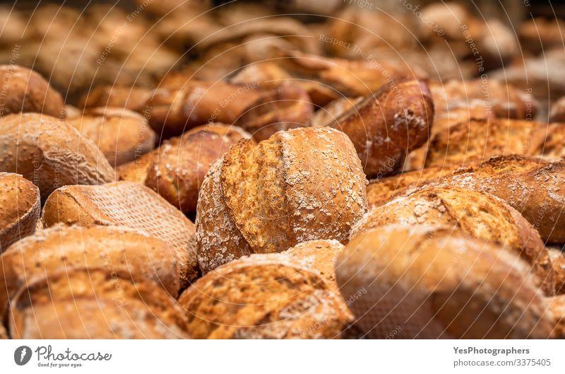 Brötchensortiment. Sauerteig-Brötchen-Mischung Brot Ernährung kaufen Gesunde Ernährung Tradition Sortiment Backwaren Bäckerei Schwarzbrot Kohlenhydrate Konsum