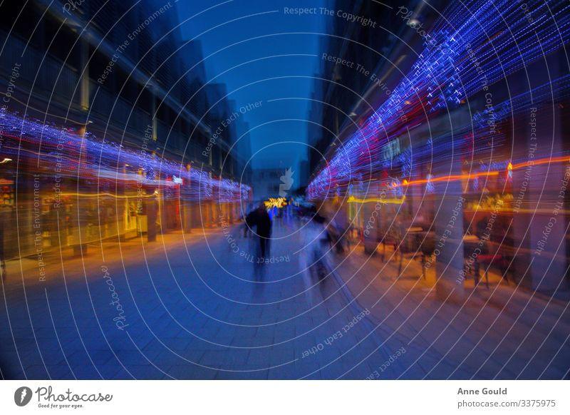Einkaufen bei Nacht - Zusammenfassung St. Edmunds begraben vereinigtes königreich Europa Kleinstadt Stadt Stadtzentrum Platz Marktplatz Das Einkaufszentrum