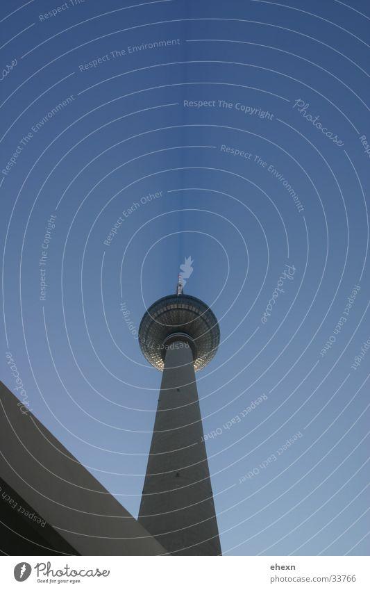 Alex in Berlin Himmel Architektur modern Industriefotografie Dinge Schönes Wetter Alexanderplatz