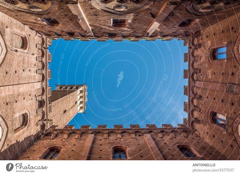 Briefmarke im Inneren des Palazzo Comunale in Siena Ferien & Urlaub & Reisen Tourismus Sommer Kunst Architektur Himmel Wolkenloser Himmel Frühling