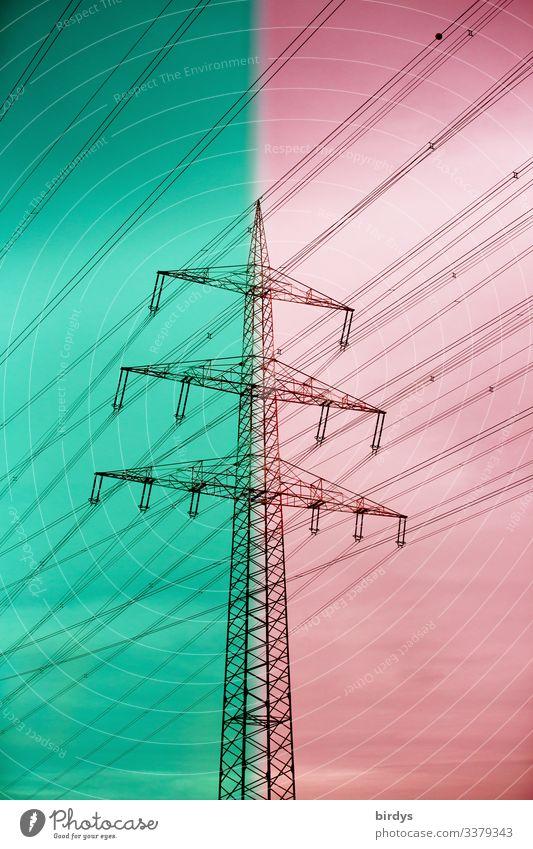 Stromtrasse pro und kontra Energiewirtschaft Erneuerbare Energie Klimawandel Hochspannungsleitung Strommast sprechen authentisch grün rot Stimmung Verantwortung