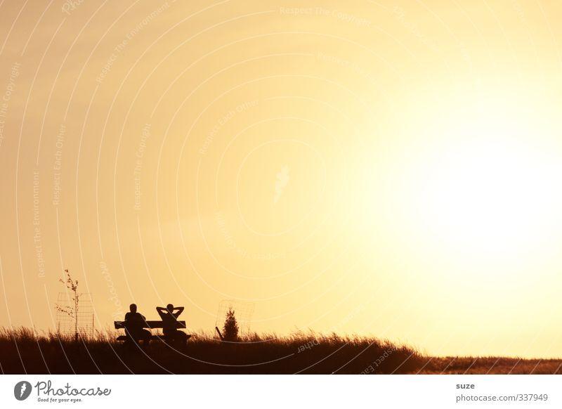 Uffm Lightdeck Lifestyle Erholung Freizeit & Hobby Sommer Sonne Feierabend Sonnenenergie Mensch 2 Umwelt Natur Horizont Wärme Wiese Feld genießen sitzen gelb