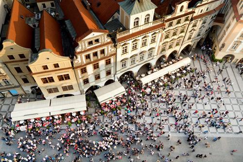 Prager Altstädter Ring Luftaufnahme in Tschechien oben Antenne Architektur Kathedrale Zentrum Großstadt Stadtbild Menge Tschechen Europa berühmt hoch historisch