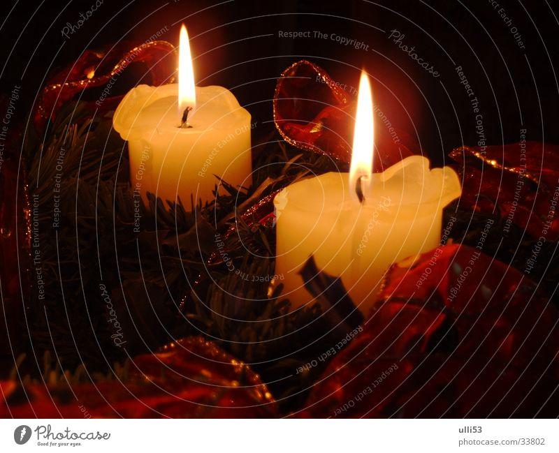 Kerzenlicht Licht Kerzenschein Wärme festlich Weihnachten & Advent Wohnzimmer Feuer Brand Flamme Kerzenschein Weihnachtsstimmung Adventsgesteck