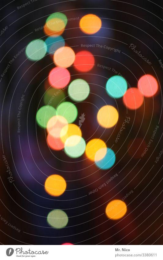 Konfettilicht Lichterscheinung Lichtpunkt Lichteffekt Punkte Farbklecks Lichtspiel mehrfarbig gelb rot blau grün bunt Menschenleer Unschärfe