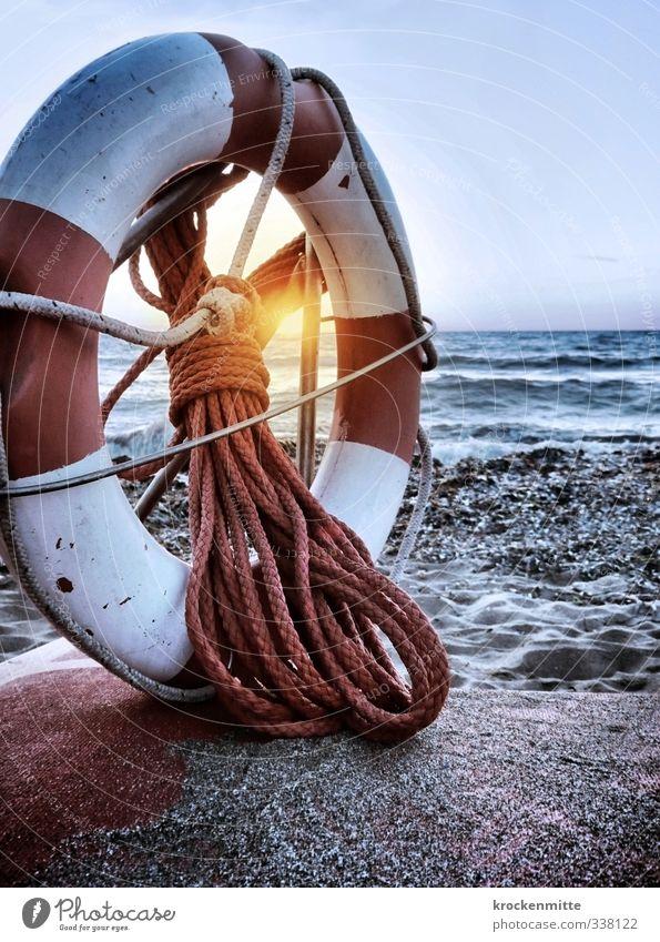Rettung bei Untergang Himmel Natur Ferien & Urlaub & Reisen weiß Sommer Meer rot Strand Reisefotografie Küste Sand Wellen Seil Sicherheit rund Italien