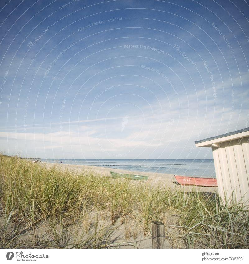 haus am meer Umwelt Natur Landschaft Pflanze Urelemente Sand Wasser Himmel Horizont Schönes Wetter Grünpflanze Küste Strand Ostsee Meer blau Wasserfahrzeug