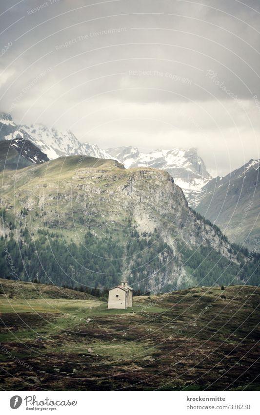 Alpsegen Himmel Natur grün Landschaft Wolken Wald Umwelt Berge u. Gebirge Gebäude grau Felsen Erde Nebel Sträucher wandern Kirche