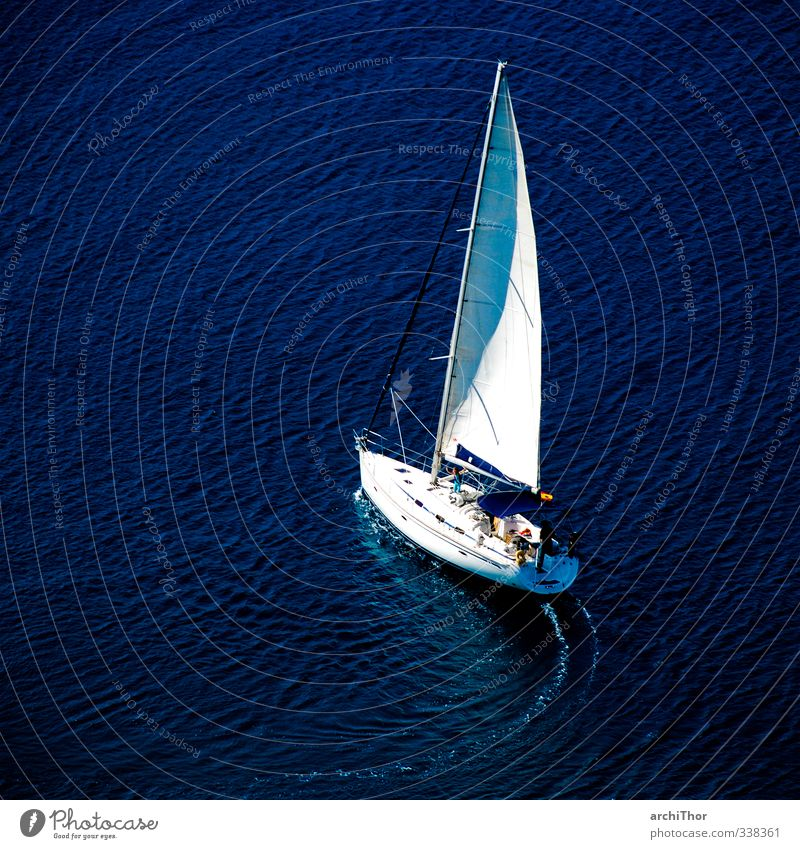 BlauWasserSegeln Ferien & Urlaub & Reisen blau Sommer Sonne Meer Erholung Ferne Sport Freiheit Küste Wellen Wind Urelemente Abenteuer Schifffahrt