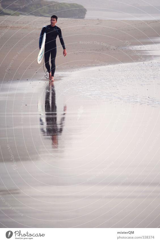 walking surfer. Mann Wasser Meer Erholung Strand Junger Mann Erotik Küste Stil maskulin Freizeit & Hobby elegant Zufriedenheit laufen Lifestyle nass