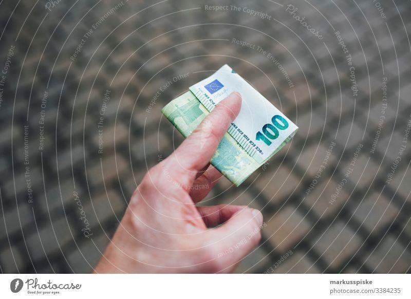 EURO Geldscheine Euro Eurozeichen € cash Bargeld Korruption Steuerhinterziehung Schwarzgeld Bezahlung bar bezahlen Kapitalwirtschaft Reichtum Einkommen