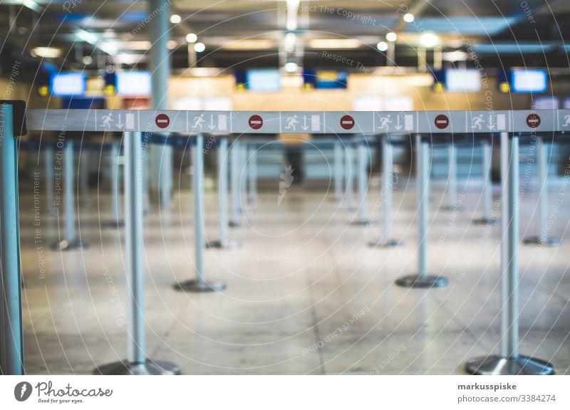 Ankunft Abflug Flughafen Nürnberg Display Ankunftshalle Landung Urlaub Rückkehr digital Anzeige Gangway Sicherheitsschleuse sicherheitsabstand