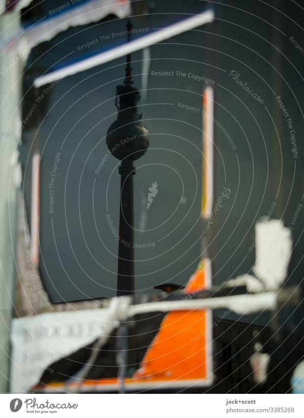 Abgerissen und gespiegelt, Turm und Plakat Reflexion & Spiegelung Silhouette Tag abstrakt Berliner Fernsehturm Alexanderplatz Stadtzentrum Wahrzeichen