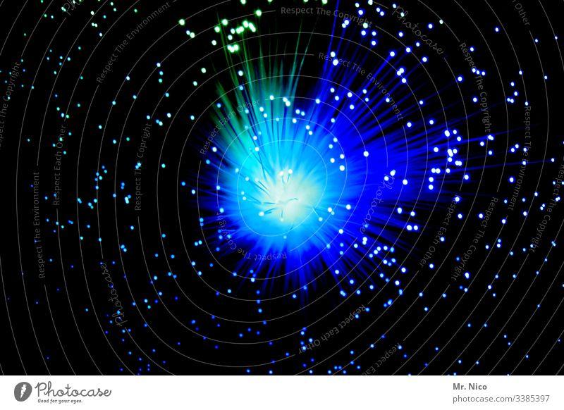 Blaulicht   - 3 - leuchten blue obskur Lichtstrahl Siebziger Jahre Feuerwerk Silvester u. Neujahr blau Lichtpunkt Knall Farbfleck Kunstwerk Lichtspiel Explosion