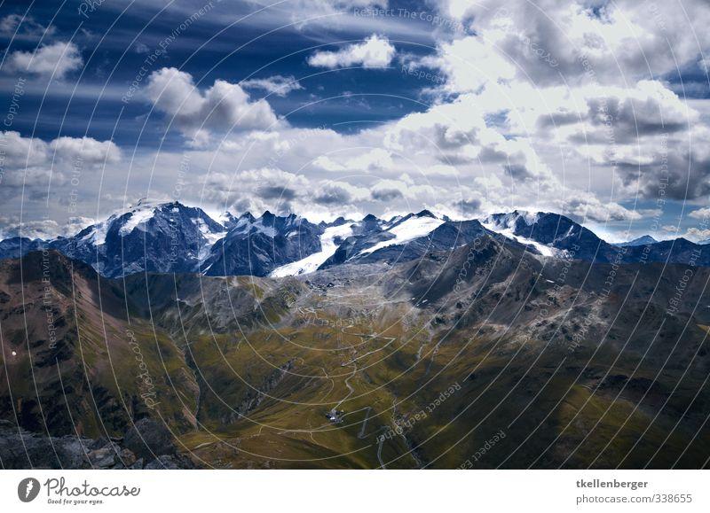 Stilfser Joch Sport wandern Klettern Alpen Berge u. Gebirge Stilfserjoch Italien Österreich Schweiz dreiländereck Grenze Pass Gipfel Schneebedeckte Gipfel